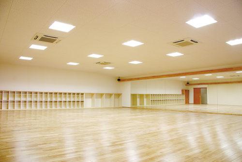 大きなレッスンスタジオ